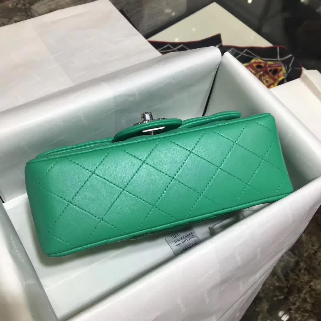 广州尚美皮具 Classic Flap 小羊皮 湖水绿 20cm 银