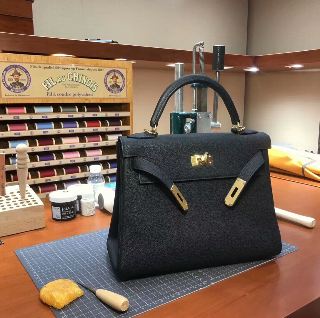 Kelly 28CM Togo皮 纯手工蜡线 法国TR级别的进口皮料 配全套专柜包装发票 经典黑色