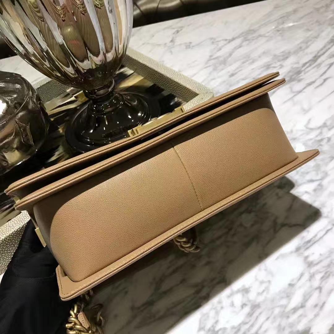 Chanel 香奈儿 Leboy系列 28cm 原厂皮小鱼子酱 裸色 纱金五金