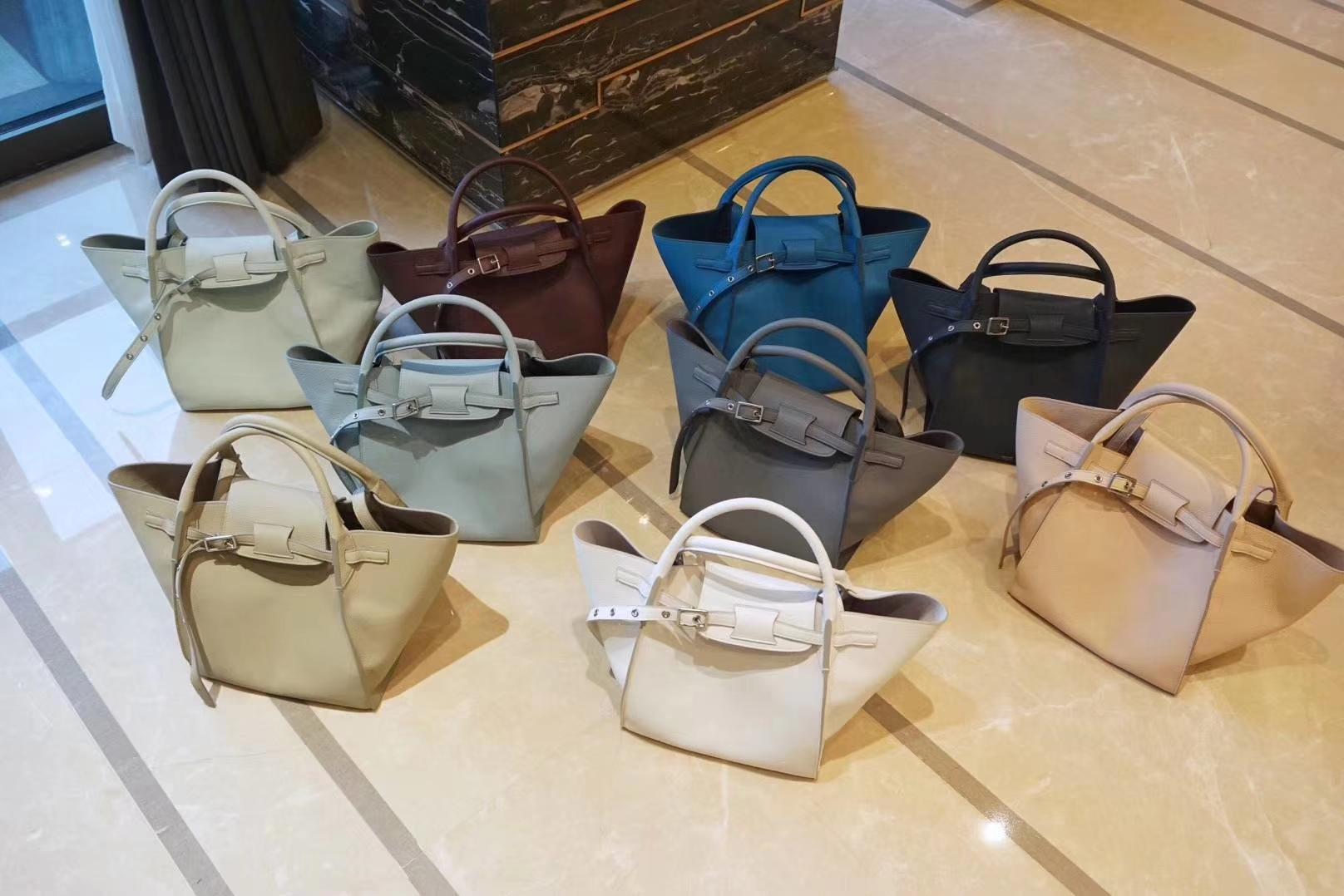 CÉLINE购物袋专柜同步发售  中号24x26x22cm