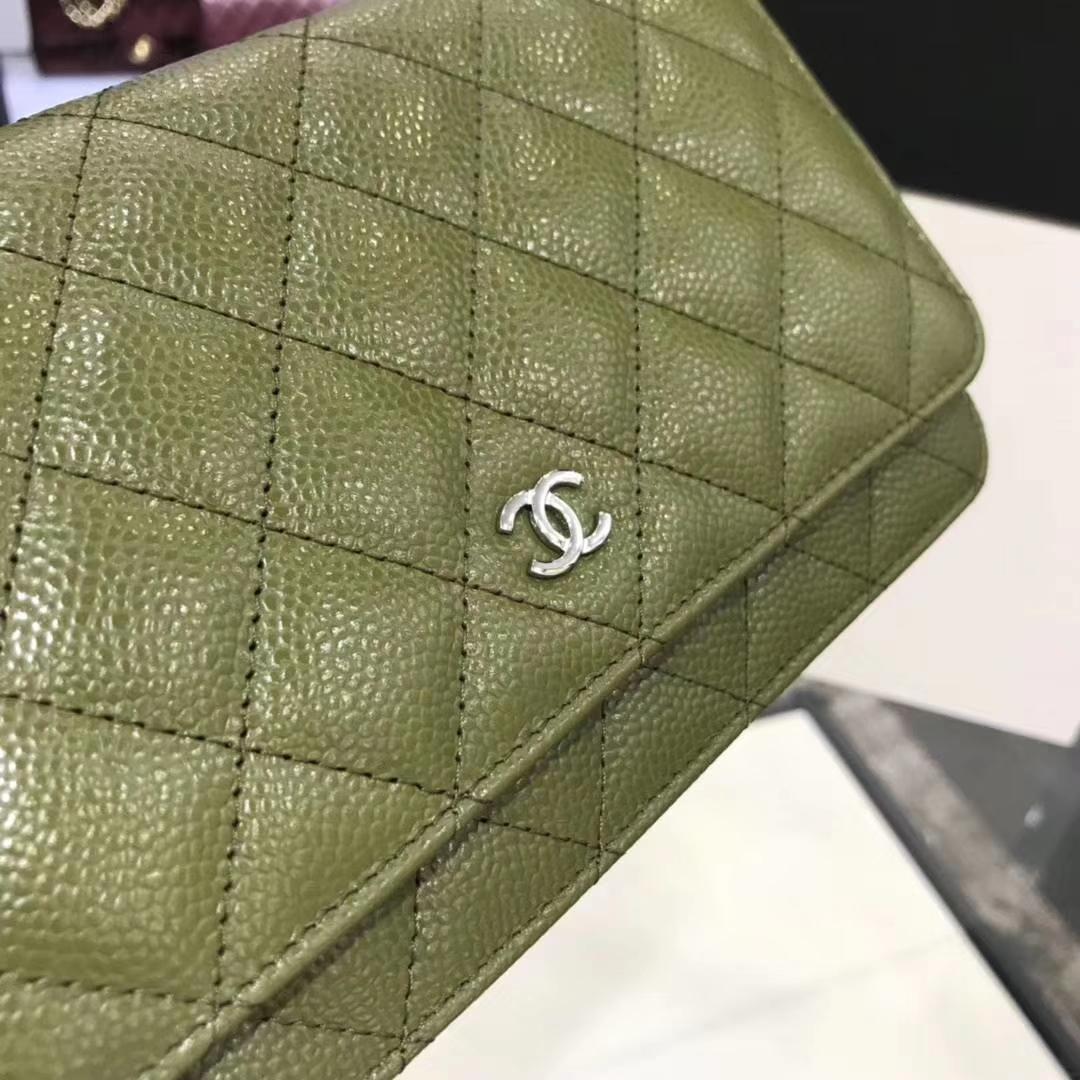 Chanel香奈儿 WOC 球纹 军绿色牛皮 银色五金