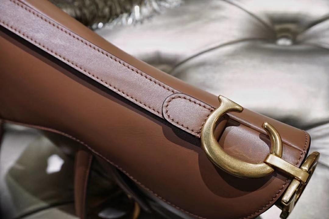 全球风靡的马鞍包 魔力十足的肉色 裸色 完美出货
