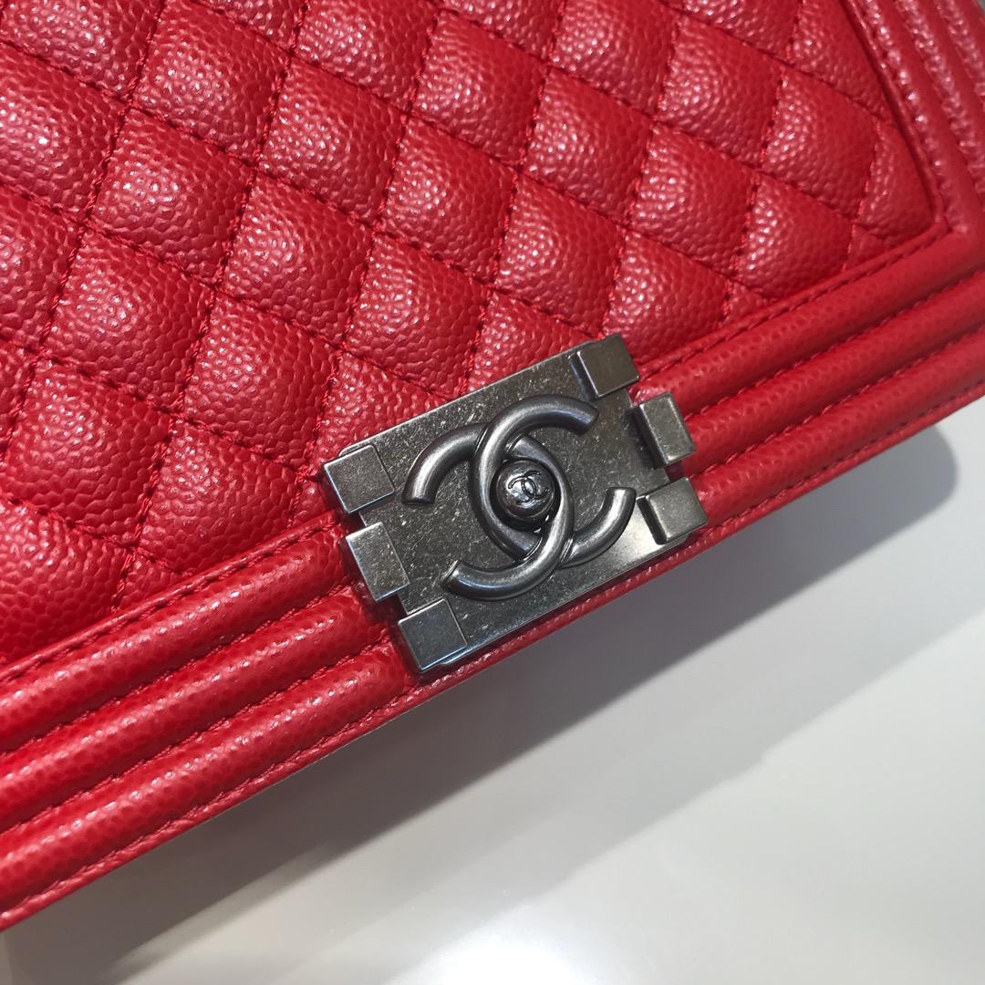 Chanel 香奈儿 Leboy  代购版本 25cm 进口鱼子酱 大红色 古银扣