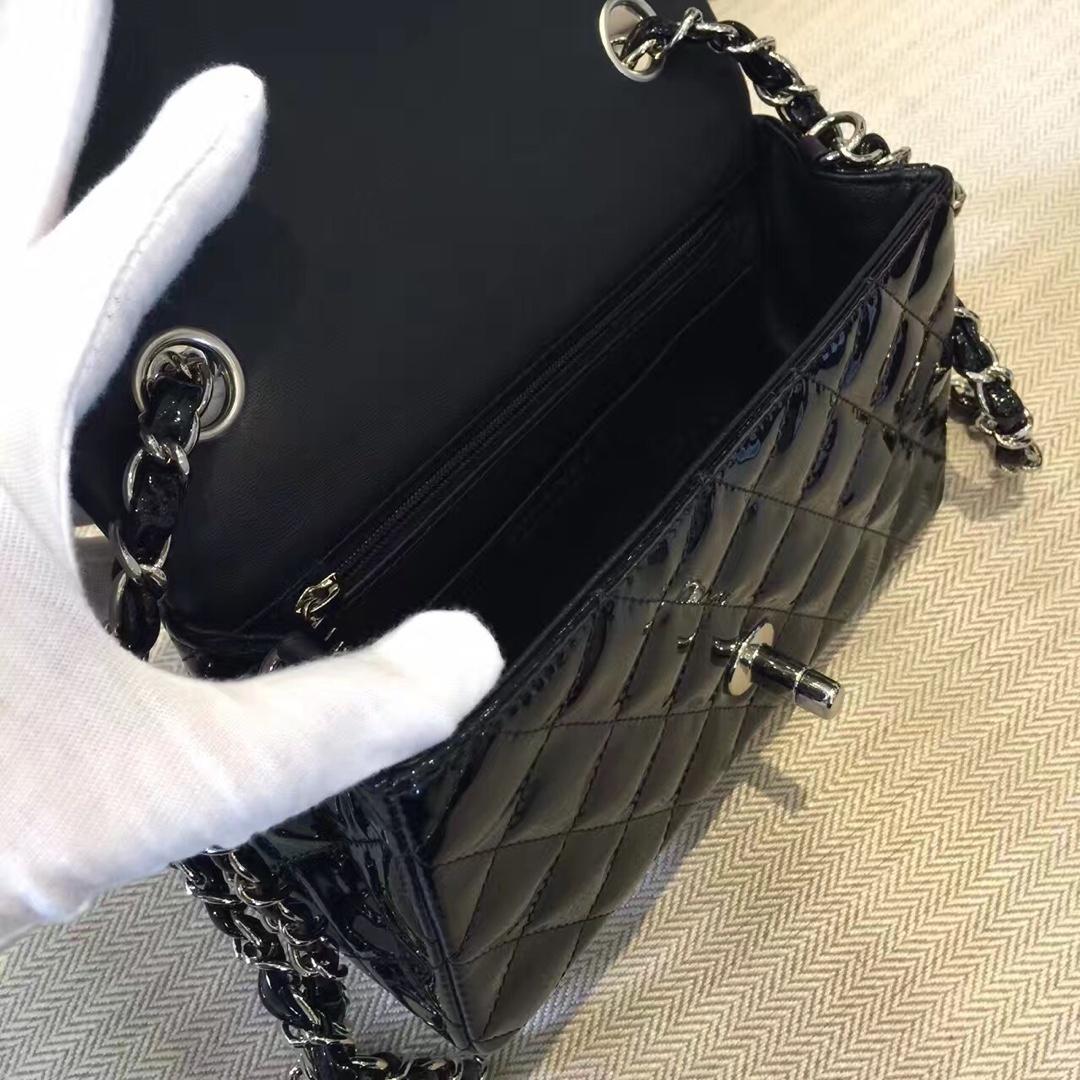 CHANELClassic Flap 代购版本 20cm 进口漆皮 黑色 银扣