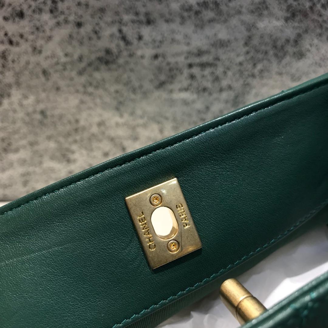 Chanel 香奈儿 Hobo bag 顶级代购版本 23cm 原厂小牛皮 绿色