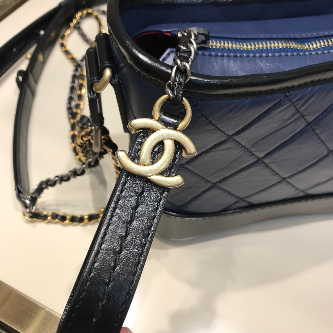 Chanel 香奈儿 Gabrielle 顶级代购版本 20cm 原厂树膏皮 蓝色 特殊渠道原厂皮 少量现货