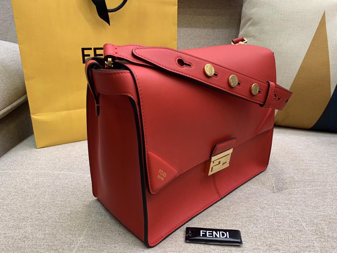 Fendi 芬迪 大号现 KANU系列 定制凸纹 红色按扣女包 原厂进口皮