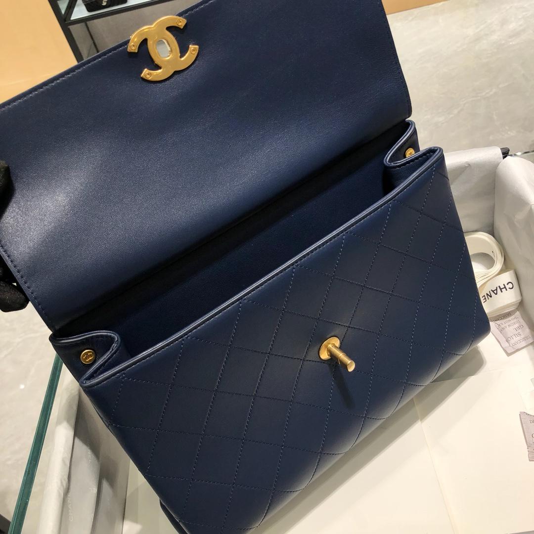 Chanel 香奈儿 口盖包~ 28cm 小羊皮~蓝色~