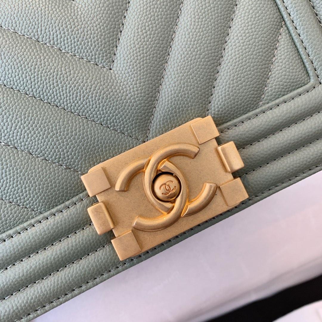 【正品级】抹茶绿色 Chanel 小号 法国原厂Haas小球纹鱼子酱牛皮 leboy 20cm 原厂皮
