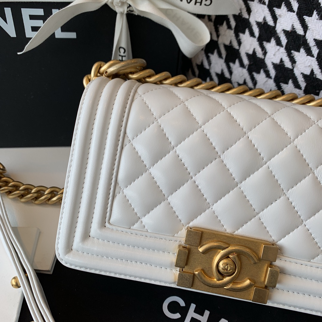 【正品级】 Chanel 小号 法国原厂小羊皮leboy经典菱格20cm 白色沙金扣