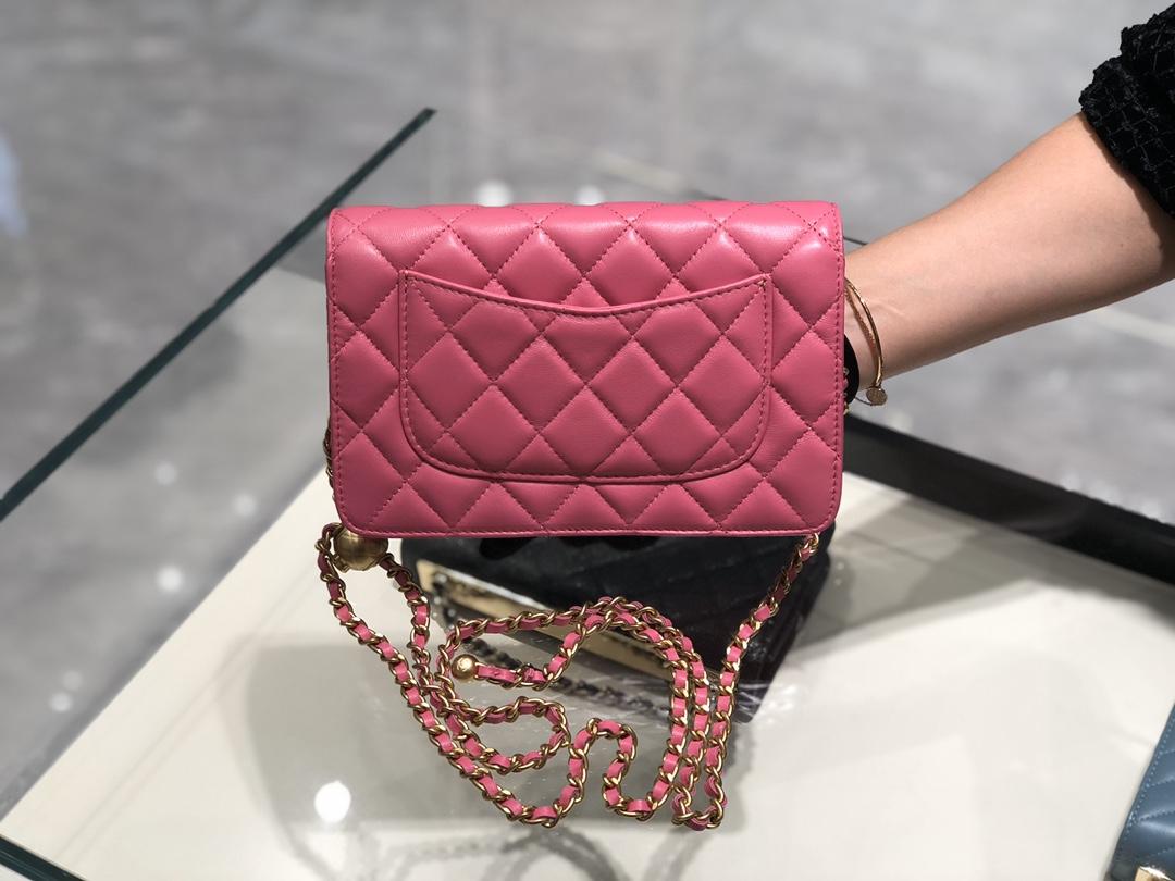 2020~超美金属球发财包Chanel~保留经典~配上复古五金~超好看~枚粉色~19Cm